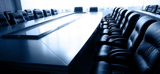 譲渡当事者が株式譲渡を検討する際のチェック事項